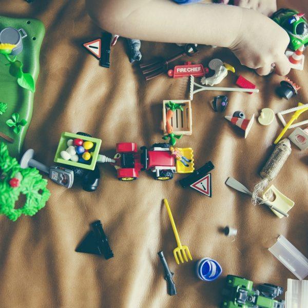 A secção de brinquedos baratos de Joguiba que você não pode perder